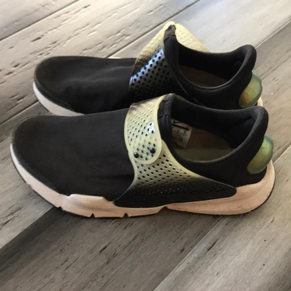 Nike Mens Sock Dart Running Shoe No